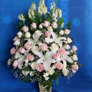 bungameja-015-Rangkaian-bunga-meja-segar-murah-karanganbungamu-toko-karangan-bunga-melisa-florist-online-24jam